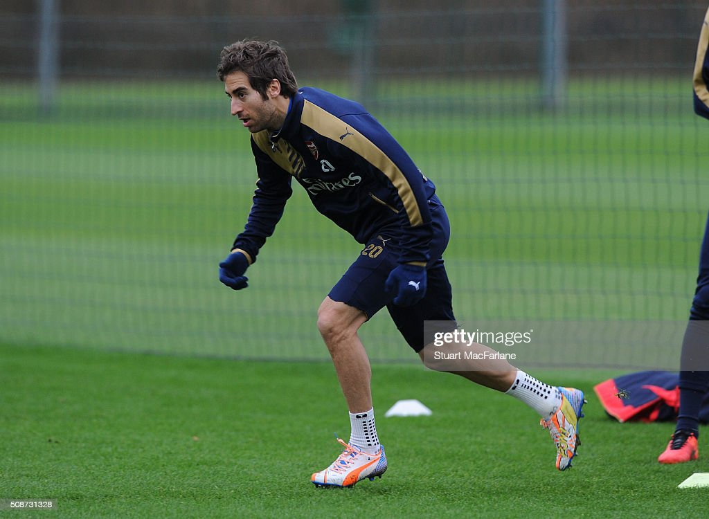 <a gi-track='captionPersonalityLinkClicked' href=/galleries/search?phrase=Mathieu+Flamini&family=editorial&specificpeople=242961 ng-click='$event.stopPropagation()'>Mathieu Flamini</a> of Arsenal during a training session at London Colney on February 6, 2016 in St Albans, England.