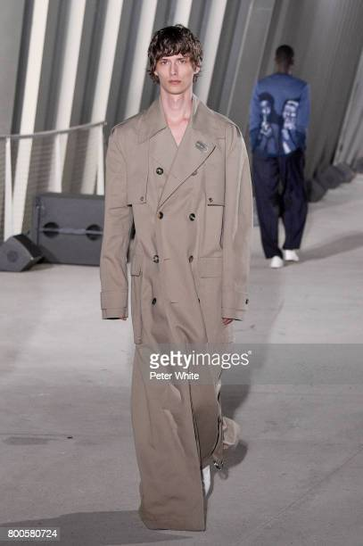 Mathieu Franke walks the runway during the Etudes Menswear Spring/Summer 2018 show as part of Paris Fashion Week on June 24 2017 in Paris France