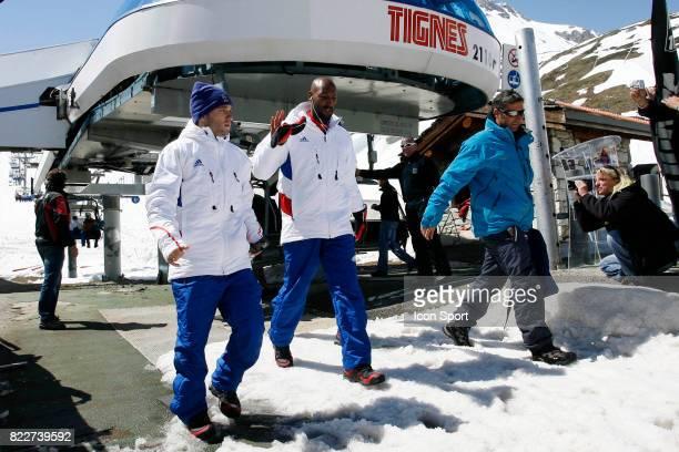 Mathieu VALBUENA / Nicolas ANELKA Retour du Glacier Stage de l'Equipe de France avant la Coupe du Monde 2010 Tignes France