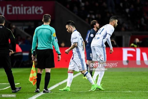 Mathieu Valbuena of Lyon is replaced by Rachid Ghezzal of Lyon during the French Ligue 1 match between Paris Saint Germain and Lyon at Parc des...