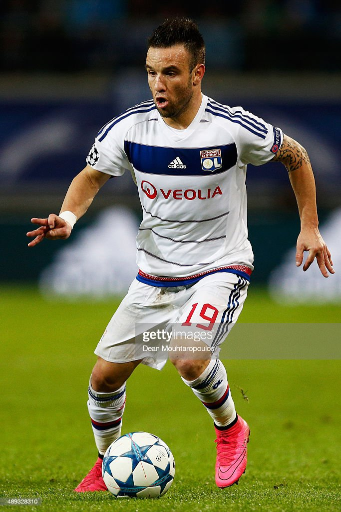 <a gi-track='captionPersonalityLinkClicked' href=/galleries/search?phrase=Mathieu+Valbuena&family=editorial&specificpeople=778610 ng-click='$event.stopPropagation()'>Mathieu Valbuena</a> of Lyon runs with the ball during the UEFA Champions League Group H match between KAA Gent and Olympique Lyonnais held at Ghelamco Arena on September 16, 2015 in Gent, Belgium.
