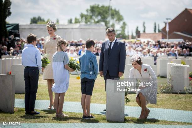 Mathilde Queen of Belgium German Foreign Minister and Vice Chancellor Sigmar Gabriel and Catherine Duchess of Cambridge are pictured during the...