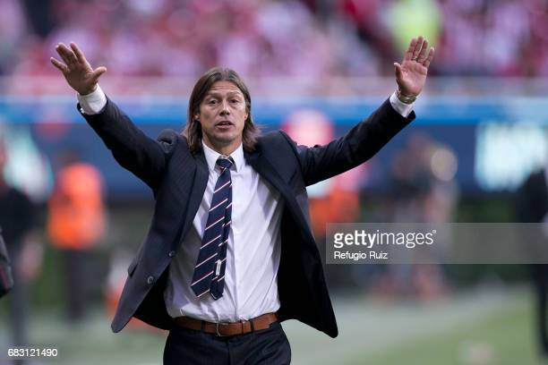 Matias Almeyda coach of Chivas gives instructions to his players during the quarter finals second leg match between Chivas and Atlas as part of the...