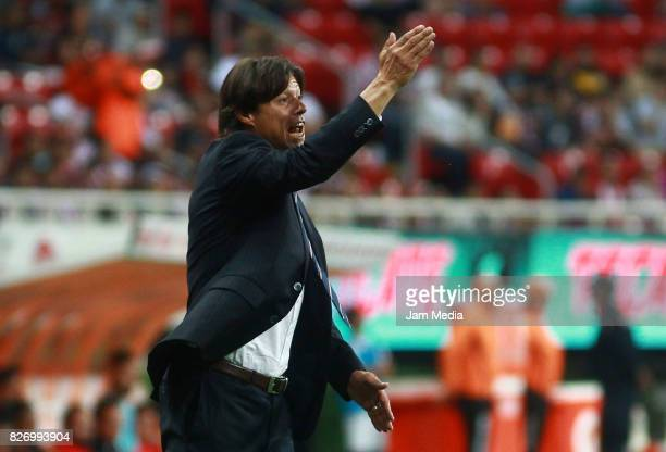 Matias Almeyda coach of Chivas gives instructions to his players during the third round match between Chivas and Necaxa as part of the Torneo...