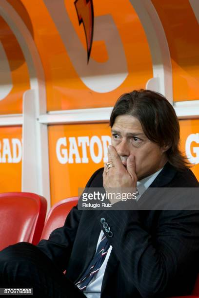 Matias Almeyda coach of Chivas looks the game during the 16th round match between Chivas and Atlas as part of the Torneo Apertura 2017 Liga MX at...