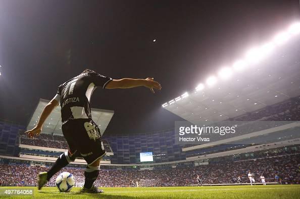Matias Alustiza of Puebla shoots a corner kick during the friendly match between Puebla and Boca Juniors at Cuauhtemoc Stadium on November 18 2015 in...
