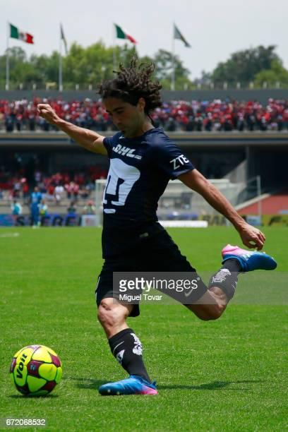 Matias Britos of Pumas kicks the ball during the 15th round match between Pumas UNAM and Veracruz as part of the Torneo Clausura 2017 Liga MX at...