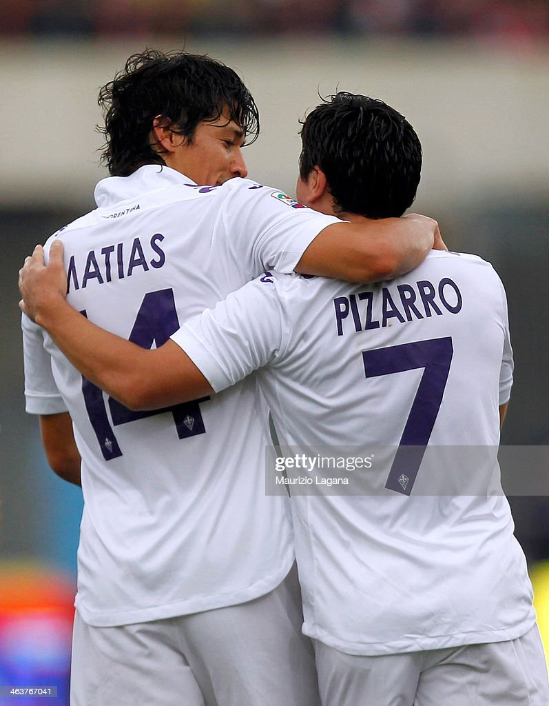 Matias Fernandez and David Pizarro celebrate the opening goal of Fiorentina during the Serie A between Calcio Catania and ACF Fiorentina at Stadio...