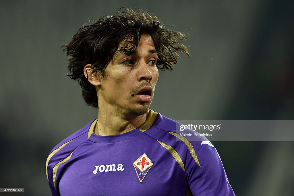Matias Fernandez of ACF Fiorentina looks on during the Serie A match between Juventus FC and ACF Fiorentina at Juventus Arena on April 29 2015 in...
