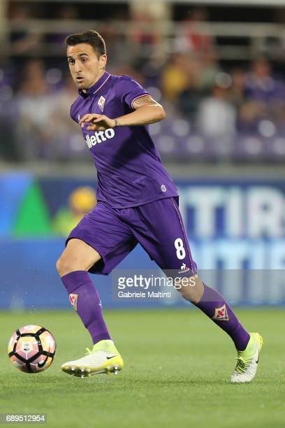 Matias Vecino of ACF Fiorentina in action during the Serie A match between ACF Fiorentina and Pescara Calcio at Stadio Artemio Franchi on May 28 2017...