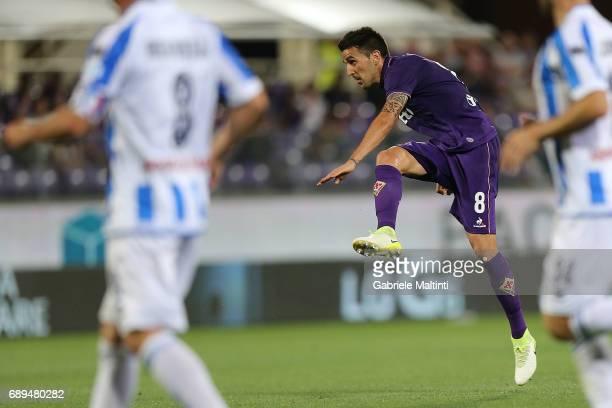 Matias Vecino of ACF Fiorentina scores a goal during the Serie A match between ACF Fiorentina and Pescara Calcio at Stadio Artemio Franchi on May 28...