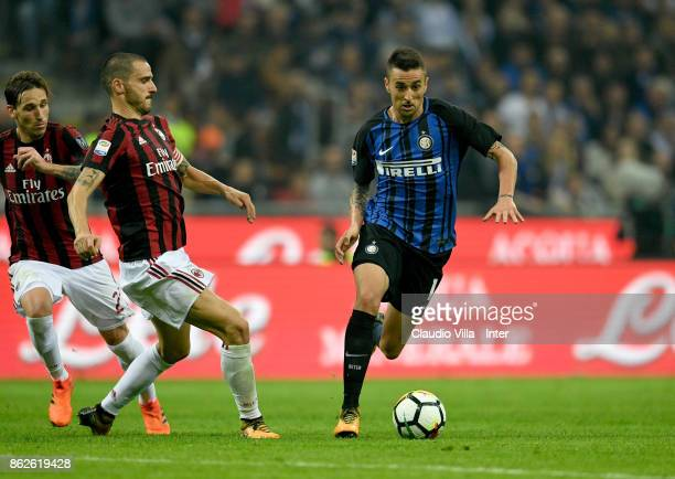 Matias Vecino of FC Internazionale in action during the Serie A match between FC Internazionale and AC Milan at Stadio Giuseppe Meazza on October 15...