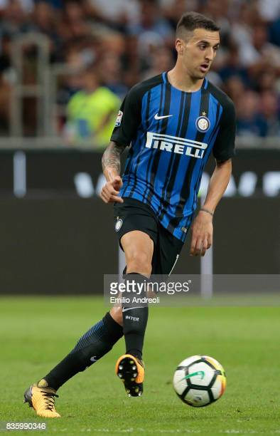 Matias Vecino of FC Internazionale Milano in action during the Serie A match between FC Internazionale and ACF Fiorentina at Stadio Giuseppe Meazza...