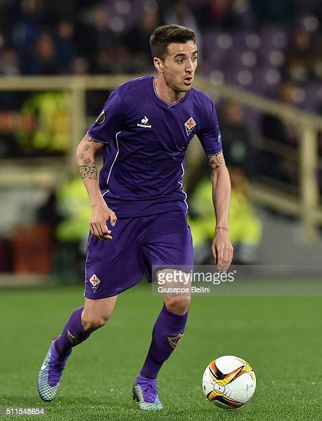 Matias Vecino of Fiorentina in action during the UEFA Europa League Round of 32 first leg match between Fiorentina and Tottenham Hotspur at Stadio...