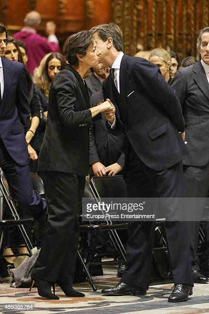 Matilde Solis and Cayetano Martinez de Irujo attend Duchess of Alba funeral service on November 21 2014 in Seville Spain Maria del Rosario Cayetana...