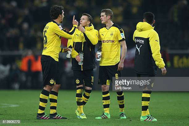 Mats Hummels Marco Reus and Sven Bender of Borussia Dortmund talk after the Bundesliga match between Borussia Dortmund and FC Bayern Muenchen at...