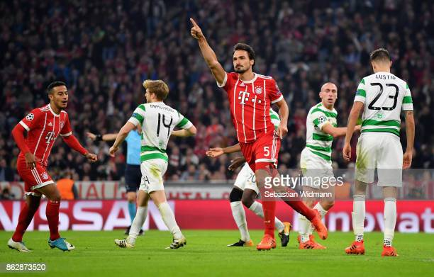 Mats Hummels of Bayern Muenchen celebrates after scoring his sides third goal during the UEFA Champions League group B match between Bayern Muenchen...