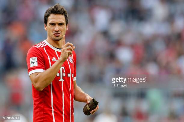 Mats Hummels of Bayern Muenchen gestures during the Audi Cup 2017 match between SSC Napoli and FC Bayern Muenchen at Allianz Arena on August 2 2017...