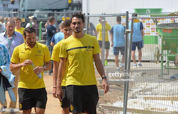 Mats Hummels of Dortmund enters the stadium prior the DFB Cup first round match between Chemnitzer FC and Borussia Dortmund at Stadion an der...