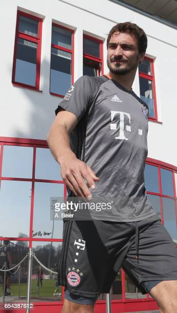 Mats Hummels of FC Bayern Muenchen arrives for a training session at the club's Saebener Strasse training ground on March 17 2017 in Munich Germany