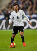 Mats Hummels of Germany runs with the ball during the International Friendly match between France and Germany at the Stade de France on November 13...