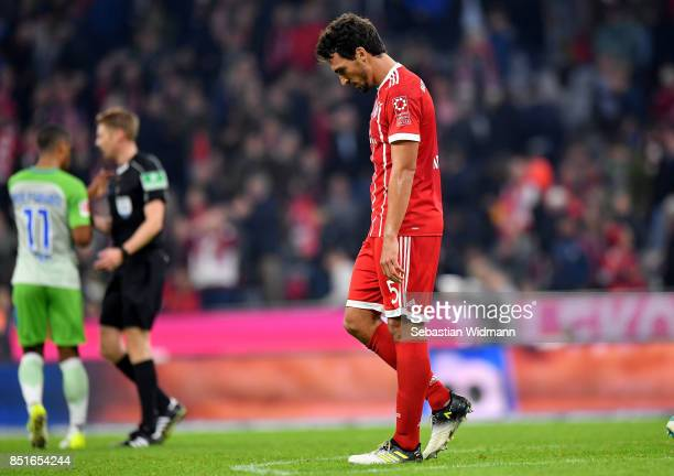 Mats Hummels of Muenchen looks dejected after the Bundesliga match between FC Bayern Muenchen and VfL Wolfsburg at Allianz Arena on September 22 2017...