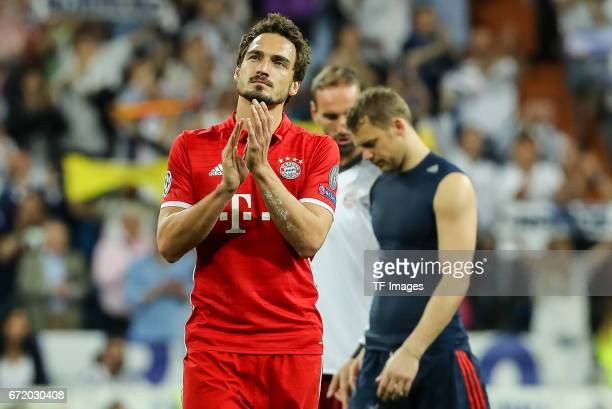 Mats Hummels of Munich gestures during the UEFA Champions League Quarter Final second leg match between Real Madrid CF and FC Bayern Muenchen at...