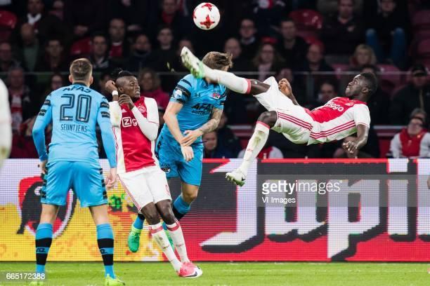Mats Seuntjens of AZ Bertrand Traore of Ajax Rens van Eijden of AZ Davinson Sanchez of Ajaxduring the Dutch Eredivisie match between Ajax Amsterdam...