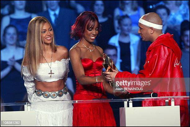 Matt and Destiny's child in Paris France on March 09 2002