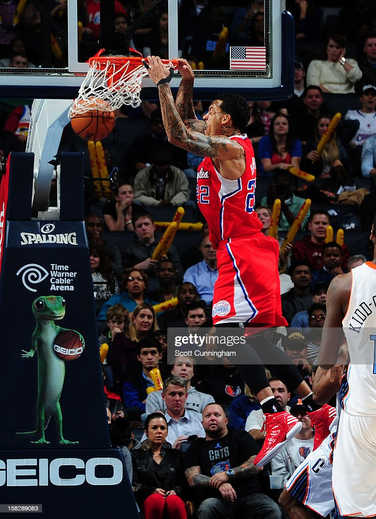 Matt Barnes #22 of the Los Angeles Clippers dunks the ball against the Charlotte Bobcats at Time Warner Cable Arena on December 12, 2012 in Charlotte, North Carolina.