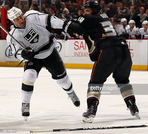 Matt Beleskey of the Anaheim Ducks battles for position against Ethan Moreau of the Los Angeles Kings during the game on December 6 2011 at Honda...