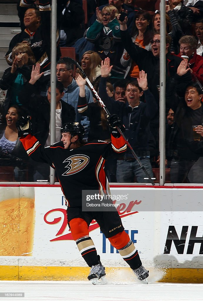 <a gi-track='captionPersonalityLinkClicked' href=/galleries/search?phrase=Matt+Beleskey&family=editorial&specificpeople=570471 ng-click='$event.stopPropagation()'>Matt Beleskey</a> #39 of the Anaheim Ducks celebrates his second-period goal during the game against the Minnesota Wild on March 1, 2013 at Honda Center in Anaheim, California.