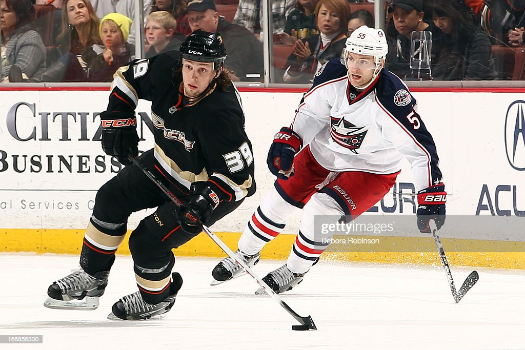 <a gi-track='captionPersonalityLinkClicked' href=/galleries/search?phrase=Matt+Beleskey&family=editorial&specificpeople=570471 ng-click='$event.stopPropagation()'>Matt Beleskey</a> #39 of the Anaheim Ducks handles the puck against <a gi-track='captionPersonalityLinkClicked' href=/galleries/search?phrase=Mark+Letestu&family=editorial&specificpeople=4601071 ng-click='$event.stopPropagation()'>Mark Letestu</a> #55 of the Columbus Blue Jackets on April 17, 2013 at Honda Center in Anaheim, California.