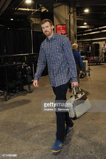 Matt Bonner of the San Antonio Spurs arrives for Game Five of the Western Conference Quarterfinals against the Los Angeles Clippers during the 2015...