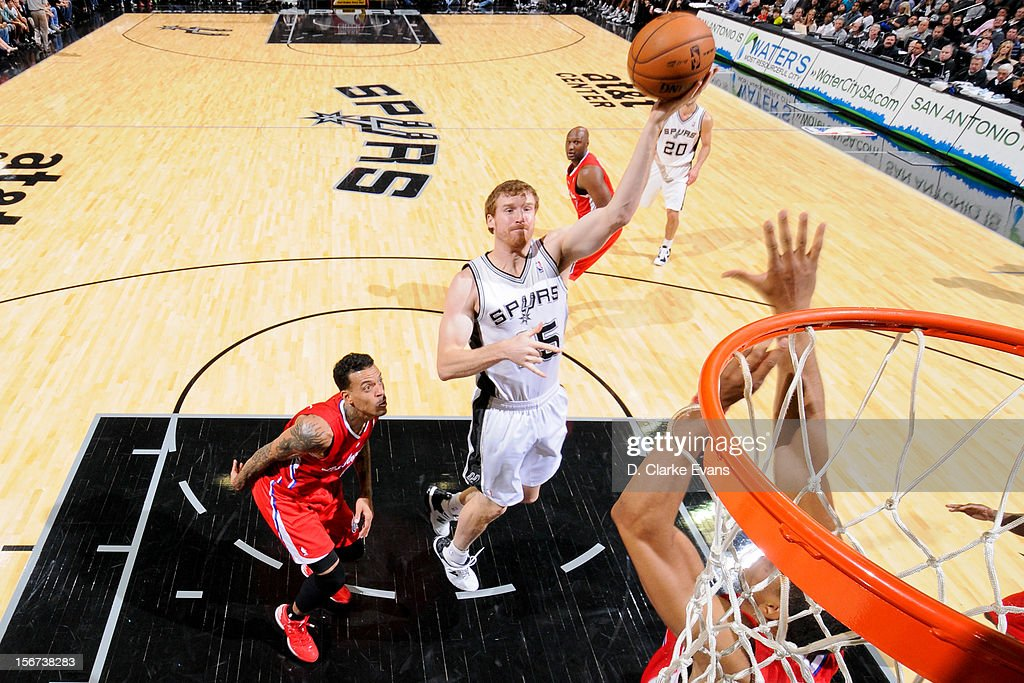 Matt Bonner #15 of the San Antonio Spurs shoots in the lane against the Los Angeles Clippers on November 19, 2012 at the AT&T Center in San Antonio, Texas.