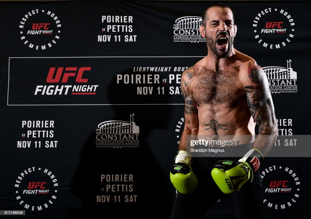 Matt Brown holds an open workout session for fans and media on November 9, 2017 in Norfolk, Virginia.