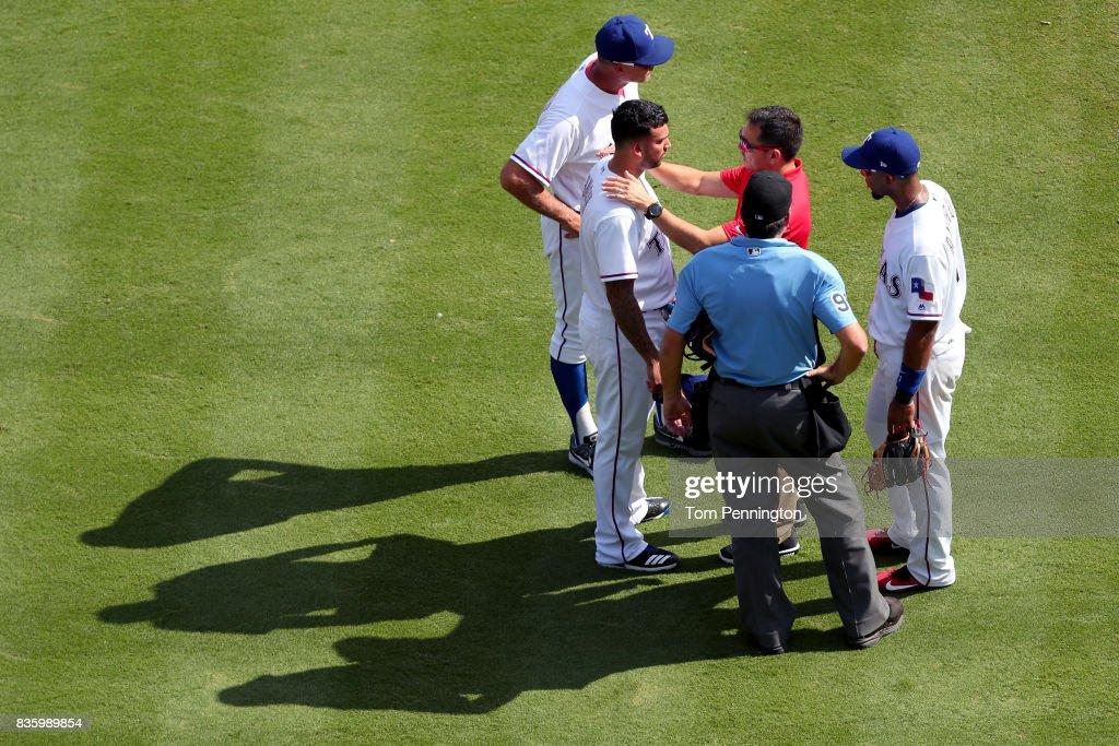 Chicago White Sox v Texas Rangers