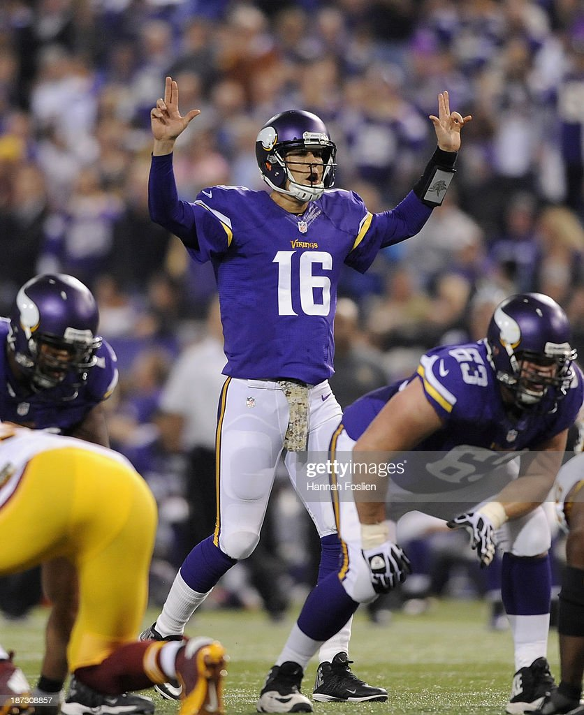 <a gi-track='captionPersonalityLinkClicked' href=/galleries/search?phrase=Matt+Cassel&family=editorial&specificpeople=567575 ng-click='$event.stopPropagation()'>Matt Cassel</a> #16 of the Minnesota Vikings calls a play at the line of scrimmage during the fourth quarter of the game against the Washington Redskins on November 7, 2013 at Mall of America Field at the Hubert H. Humphrey Metrodome in Minneapolis, Minnesota. The Vikings defeated the Redskins 34-27.