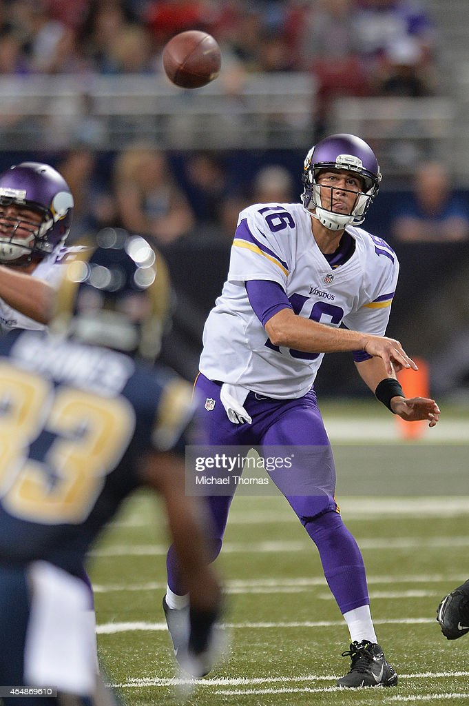 Matt Cassel #16 of the Minnesota Vikings passes against the St. Louis Rams in the second quarter at the Edward Jones Dome on September 7, 2014 in St. Louis, Missouri. The Vikings defeated the Rams 34-6.