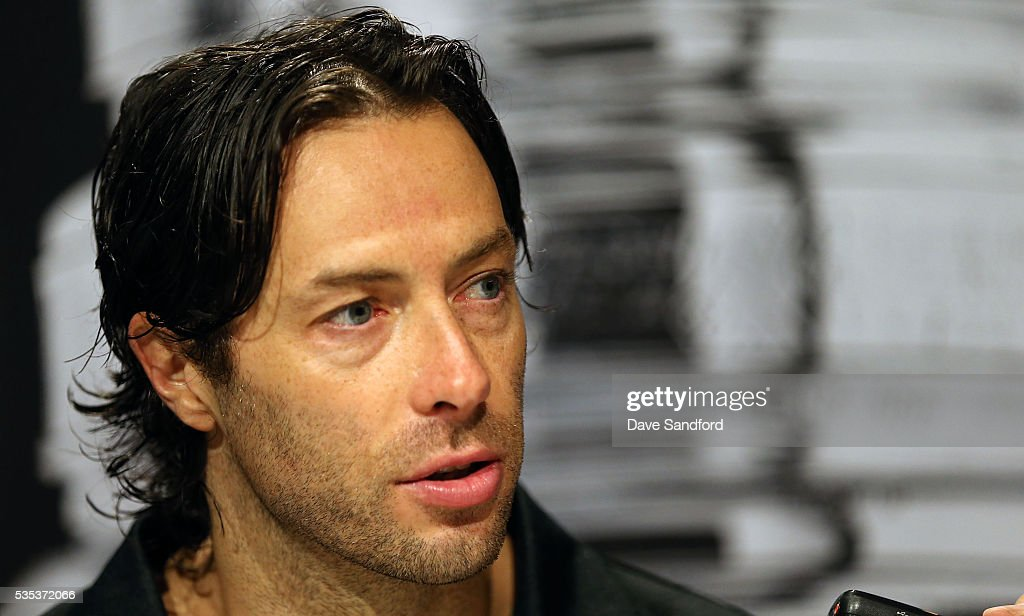 <a gi-track='captionPersonalityLinkClicked' href=/galleries/search?phrase=Matt+Cullen&family=editorial&specificpeople=536122 ng-click='$event.stopPropagation()'>Matt Cullen</a> #7 of the Pittsburgh Penguins speaks during Media Day prior to the 2016 NHL Stanley Cup Final between the Pittsburgh Penguins and San Jose Sharks May 29, 2016 at Consol Energy Center in Pittsburgh, Pennsylvania, United States.