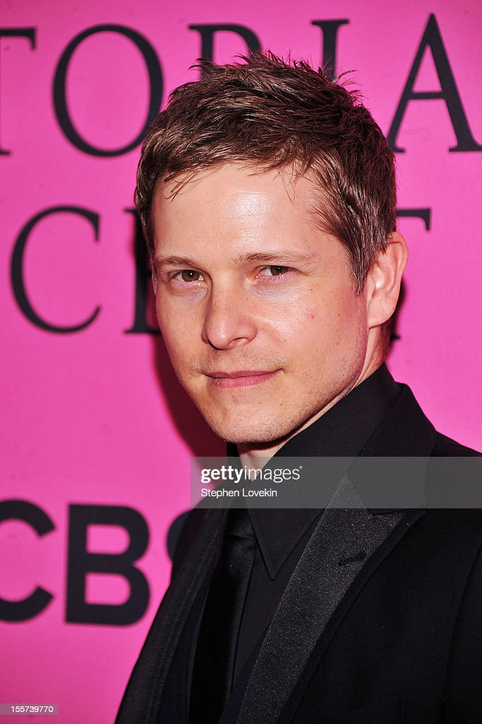 Matt Czuchry attends the 2012 Victoria's Secret Fashion Show at the Lexington Avenue Armory on November 7, 2012 in New York City.