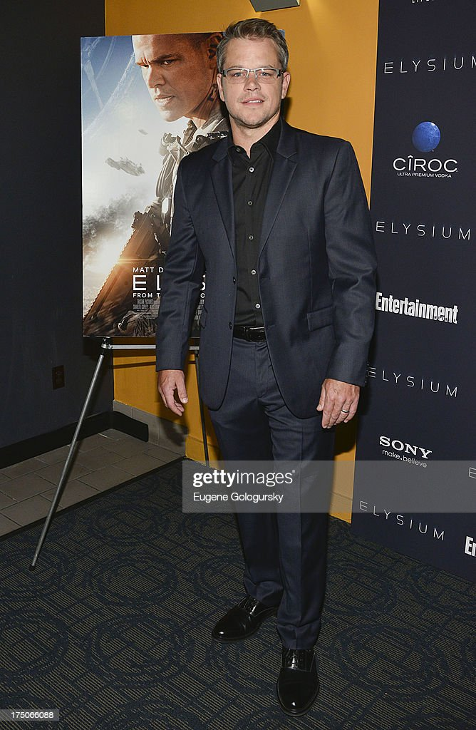 <a gi-track='captionPersonalityLinkClicked' href=/galleries/search?phrase=Matt+Damon&family=editorial&specificpeople=202093 ng-click='$event.stopPropagation()'>Matt Damon</a> attends 'Elysium' New York Screening at Landmark's Sunshine Cinema on July 30, 2013 in New York City.