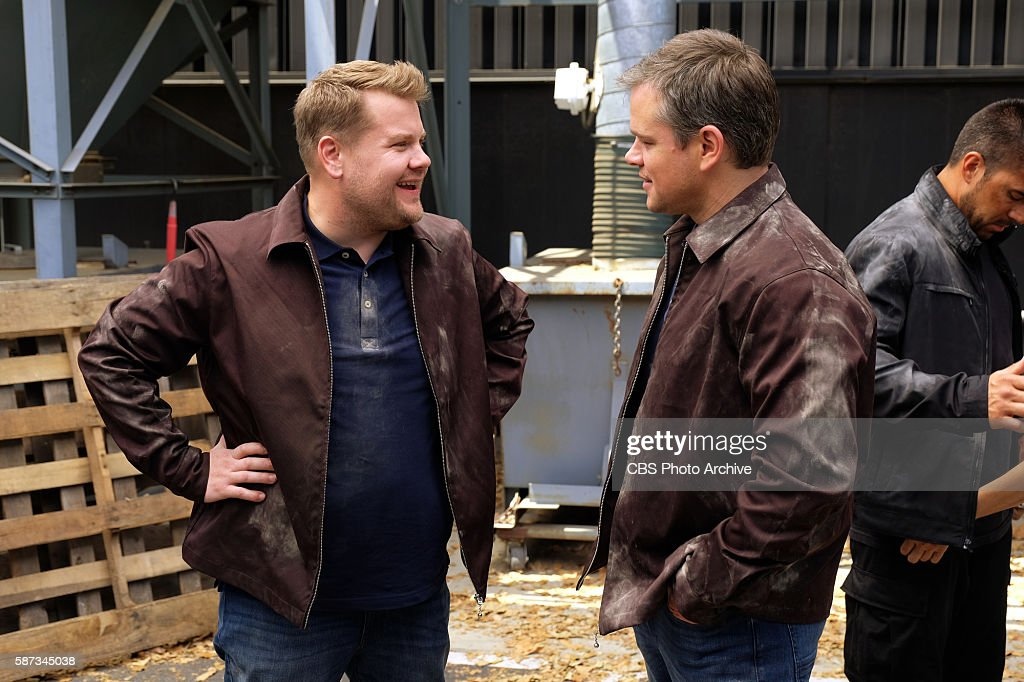 ¿Cuánto mide James Corden? - Altura - Real height Matt-damon-joins-james-corden-for-a-sketch-on-the-late-late-show-with-picture-id587345038
