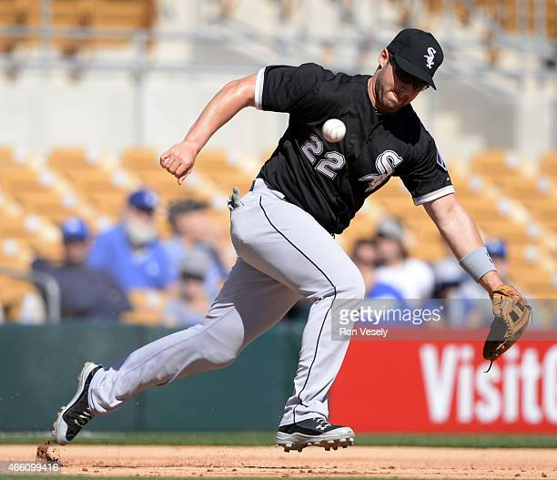 Matt Davidon of the Chicago White Sox fields during a spring training game between the Los Angeles Dodgers and Chicago White Sox on March 4 2015 at...