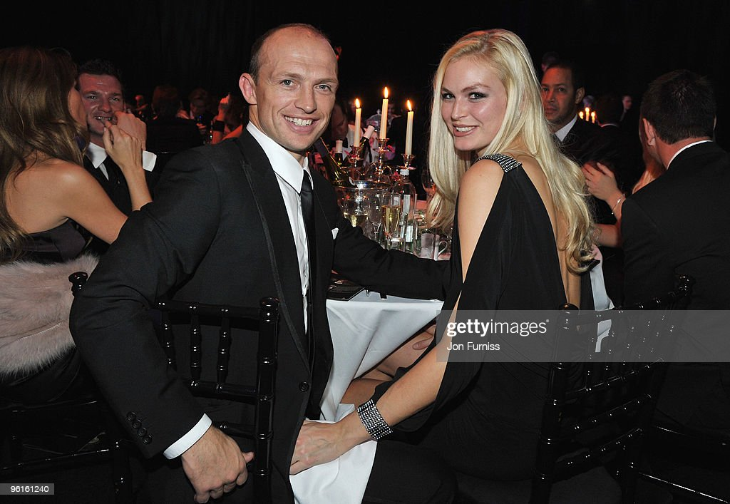 LONDON ENGLAND NOVEMBER 21 Matt Dawson and guest attend Ronan Keating's fourth annual Emeralds and Ivy Ball in aid of Cancer Research UK at Battersea...