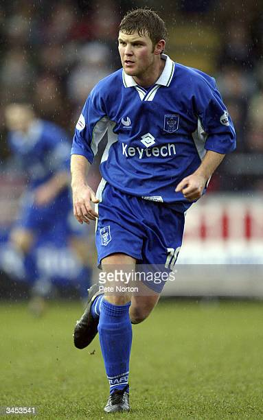 Matt Doughty of Rochdale in action during the Nationwide League Division Three match between Northampton Town and Rochdale held on February 14 2004...