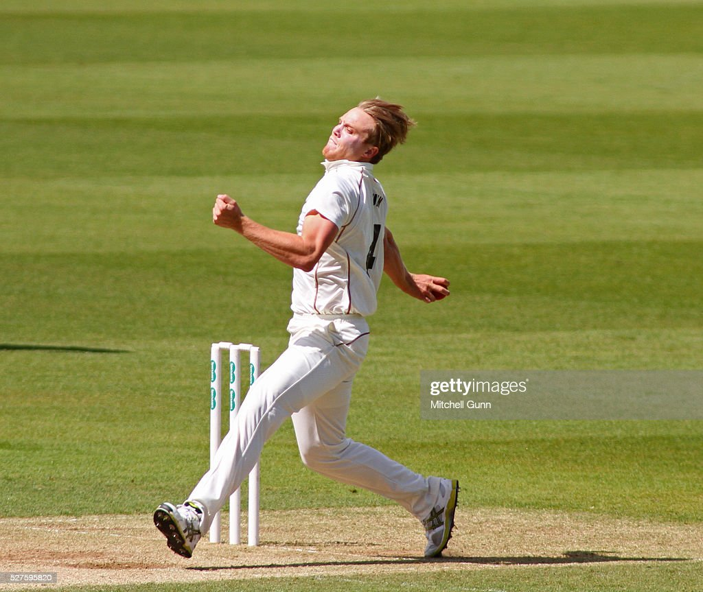 Matt Dunn of Surrey bowling during the Specsavers County Championship Division One match between Surrey and Durham at the Kia Oval Cricket Ground, on May 03, 2016 in London, England.