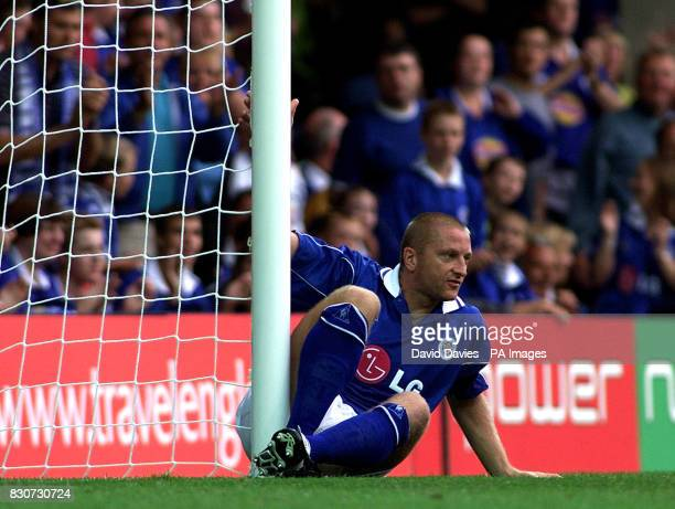 Matt Elliott Leicester City takes a breather in the FA Barclaycard Premiership game against Bolton Wanderers at Filbert Street Leicester THIS PICTURE...