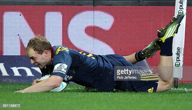Matt Faddes of the Highlanders scores a try during the round twelve Super Rugby match between the Highlanders and the Crusaders at Forsyth Barr...