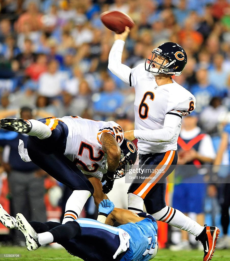 <a gi-track='captionPersonalityLinkClicked' href=/galleries/search?phrase=Matt+Forte&family=editorial&specificpeople=2246847 ng-click='$event.stopPropagation()'>Matt Forte</a> #22 of the Chicago Bears blocks Jason McCourty #30 of the Tennessee Titans as quarterback <a gi-track='captionPersonalityLinkClicked' href=/galleries/search?phrase=Jay+Cutler&family=editorial&specificpeople=622249 ng-click='$event.stopPropagation()'>Jay Cutler</a> #6 drops back to throw during a preseason game at LP Field on August 27, 2011 in Nashville, Tennessee.